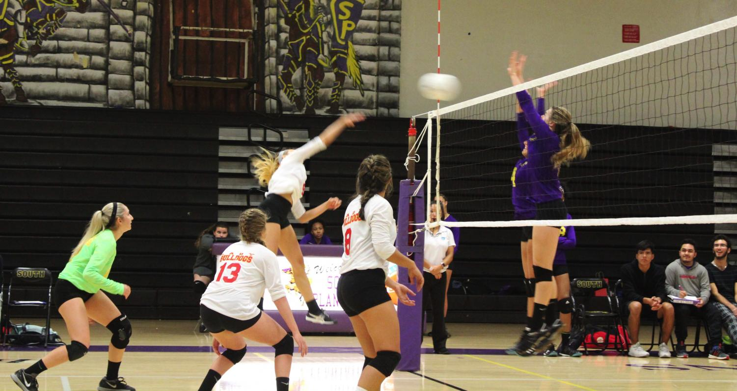 SBHS Girls Volleyball Team Fights for a Win.
