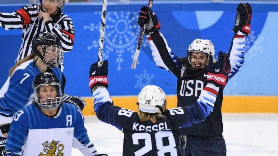 U.S. Womens Hockey Team Chases the Gold