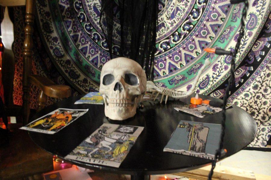 Tarot cards set-up